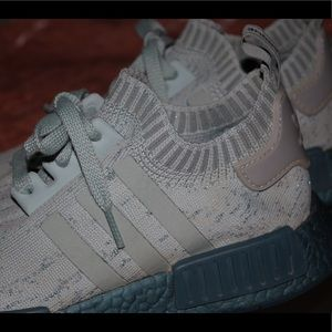 adidas Shoes - Adidas NMD R1 Sneakers